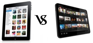 Apple iPad 2 vs Motorola Xoom Honeycomb Tablet